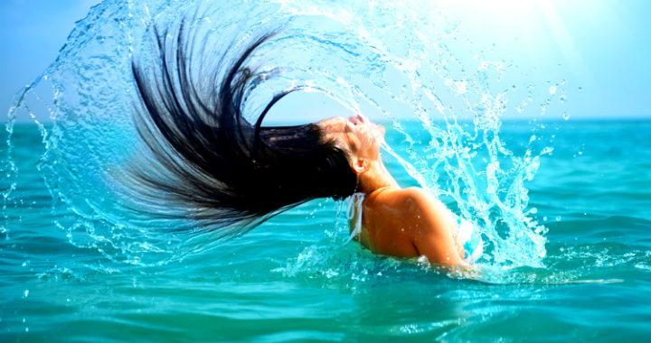 Cuida tu cabello en vacaciones, es la época de más exposición