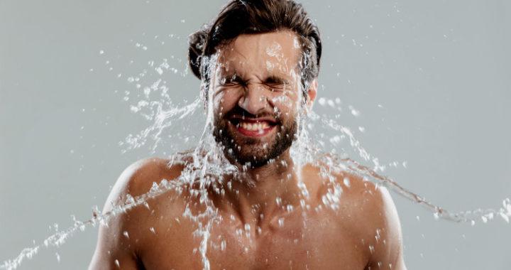 ¿Sabes cómo lavar tu barba? Estamos casi seguros que no